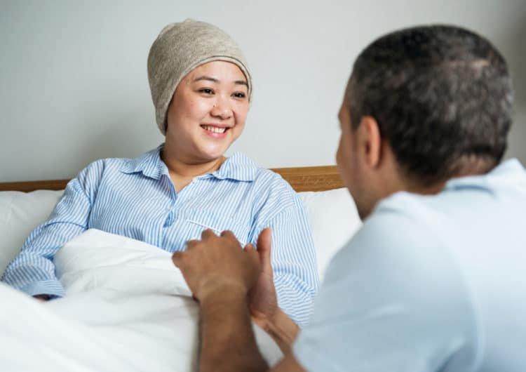 Ung thư thể hiện qua các triệu chứng nào?
