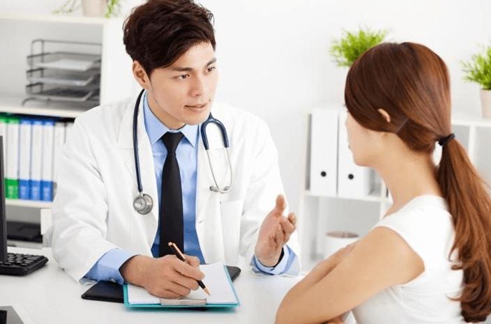 Bác sĩ gia đình theo dõi sức khỏe từng thành viên