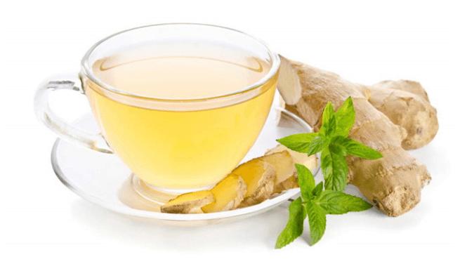 Trà gừng giúp cải thiện tình trạng đau bụng kinh.