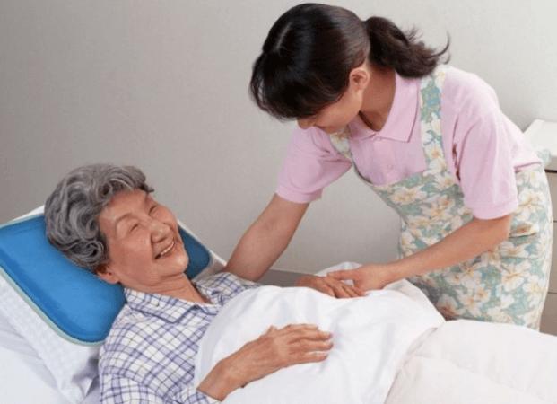 Dịch vụ chăm sóc bệnh nhân Việt Hải uy tín, tận tâm