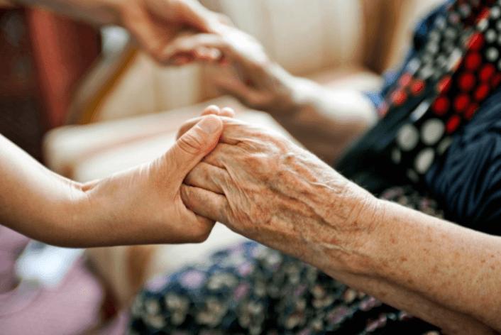 Những công việc chăm sóc bệnh nhân tại Việt Hải