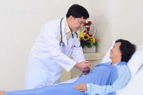 Dịch vụ chăm sóc bệnh nhân nội trú và ngoại trú