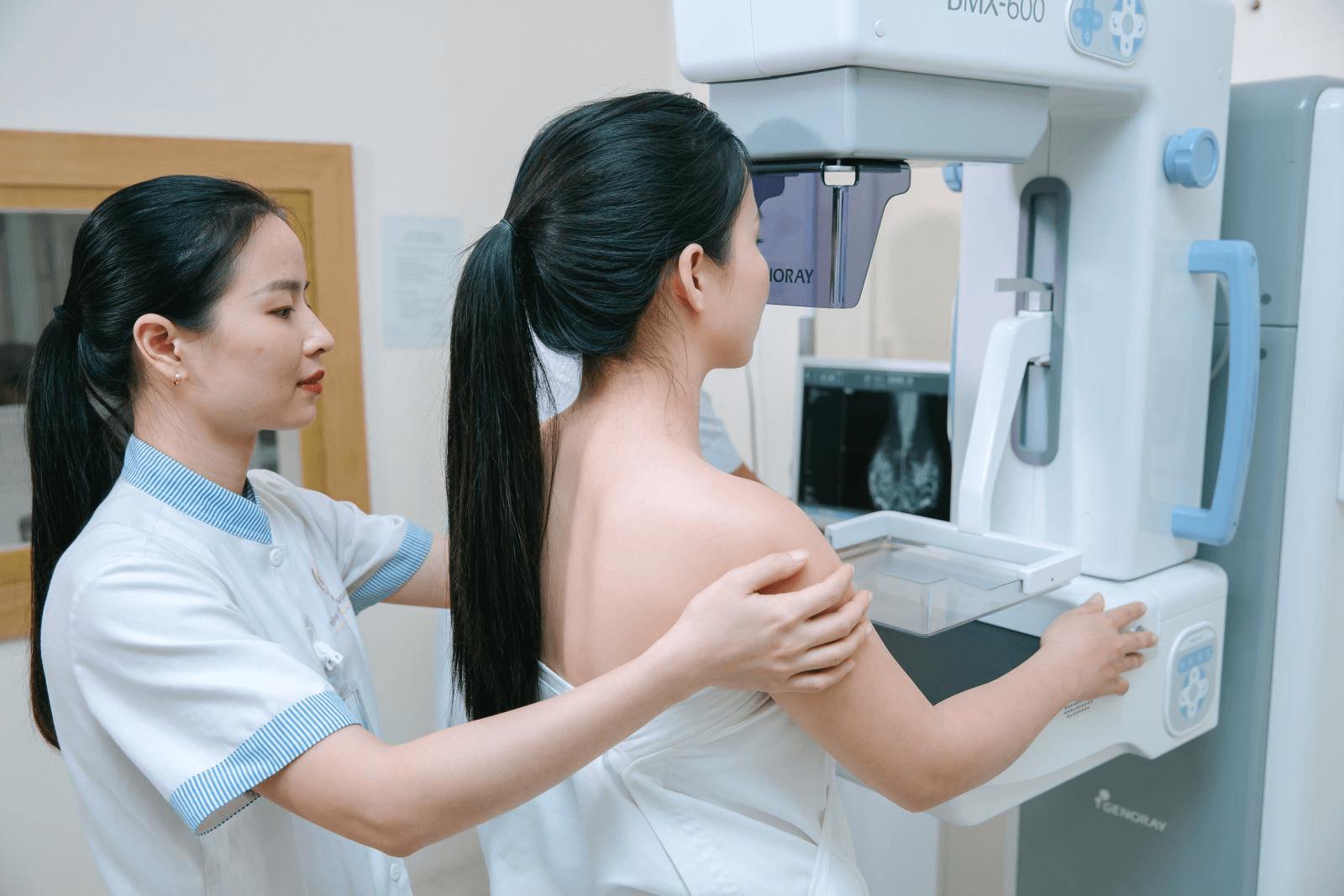 Tầm soát ung thư vú miễn phí dành cho mọi chị em