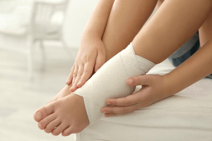Dùng Alpha Choay để kháng viêm, phù nề do chấn thương